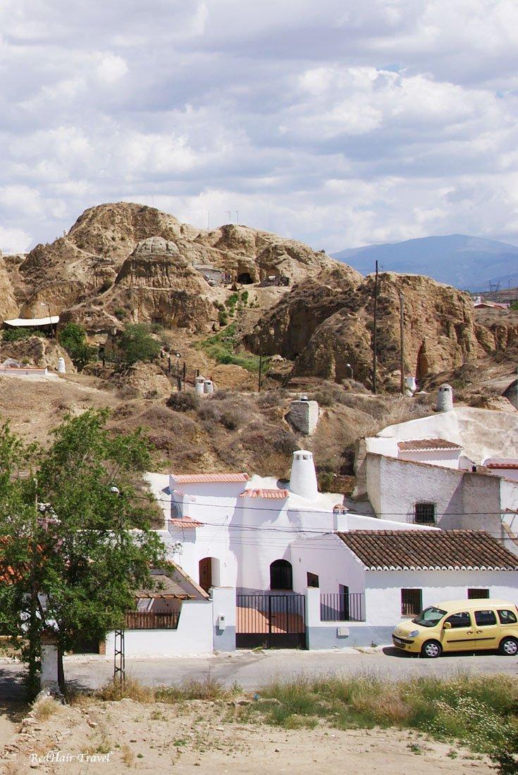 Гуадикс, дом-пещера