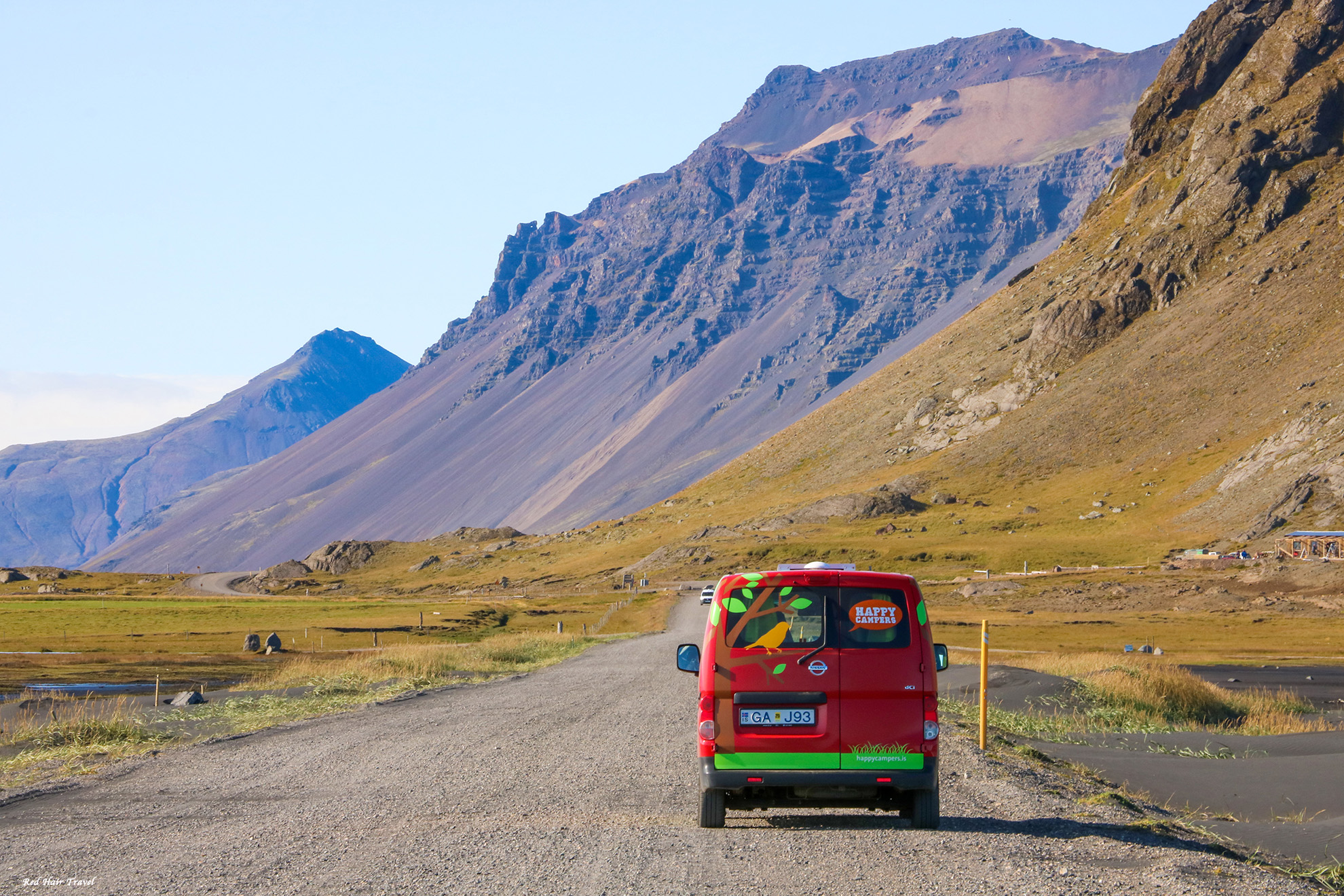 на кемпервене по Исландии