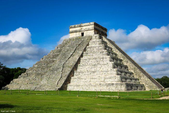 Чичен-Ица, Мексика, пирамида Кукулькан