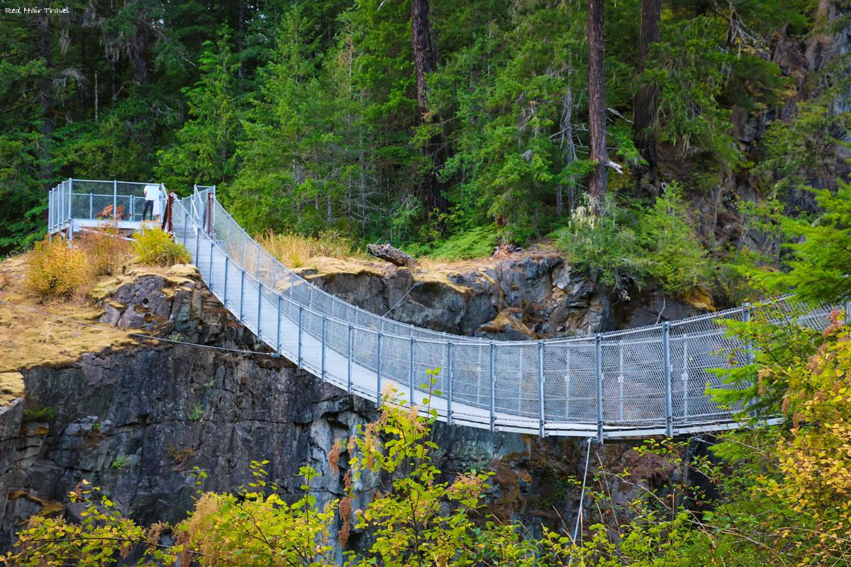 Elk Falls, Campbell River, Vancouver Island, suspension bridge