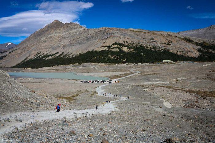 Athabasca Glacier, маршрут по Скалистым Горам Канады