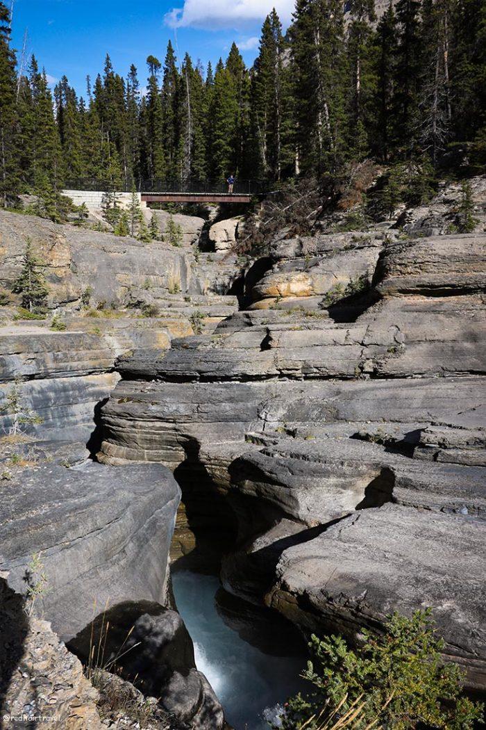 Mistaya Canyon, Rockies,маршрут по Скалистым Горам Канады