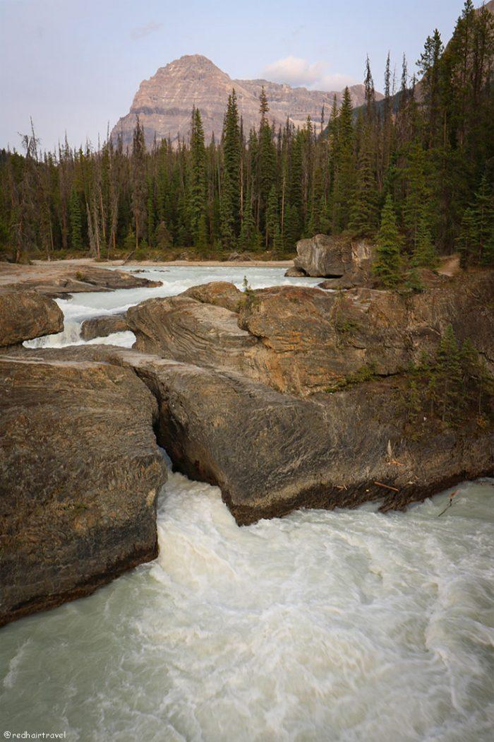 Natural Bridge, маршрут по Скалистым Горам Канады